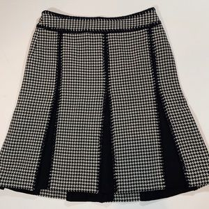 Ann Taylor tweed houndstooth skirt Sz 2P